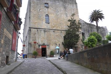 Casco Histórico.Carlos V.Plaza de Armas.Hondarribia-Fuenterrabía