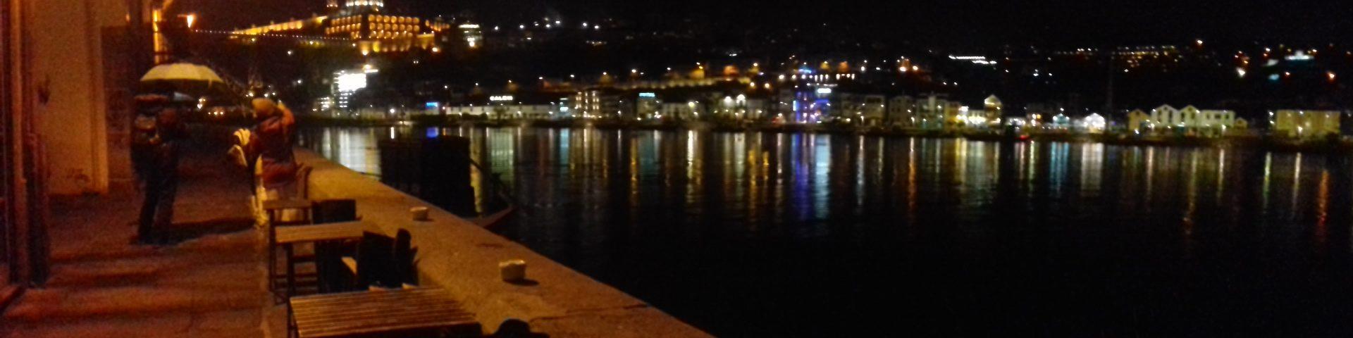 Gaia (portugal) vista desde Porto.Rio Douro
